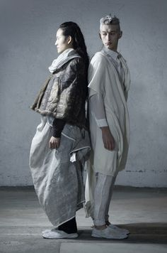 BLACKlog: Lela Jacobs Riders on the Storm Winter 2013 Collection Show 硬光打法之研究