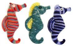 FLAT KNIT Seahorse Plush Amigurumi Toy Pattern PDF by cheezombie, $4.00