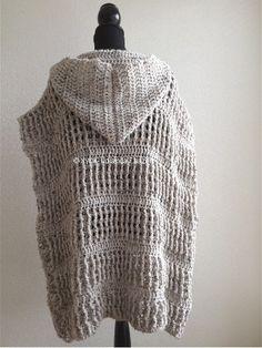 #Omslagdoek #sjaal #haakpatroon #patroon #haken #gehaakt #crochet #pattern #scarf #shawl #poncho #DIY #recht #capuchon #zak #handenwarmer