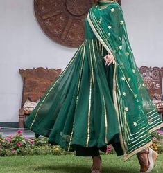 😍 *Presenting Super hit Nx collection *😍 TOP:-Faux Georgette & heavy gold . Simple Pakistani Dresses, Indian Gowns Dresses, Indian Fashion Dresses, Dress Indian Style, Pakistani Dress Design, Pakistani Outfits, Indian Outfits, Simple Anarkali Suits, Indian Wear