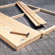 Clouer et embrever les clins Play Houses, Pergola, Construction, Patio, Wood, Crafts, Outdoor, Dressing, Gardens