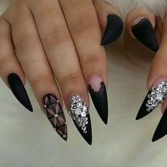 Just a little Matte Black on one of my fav hand models! @vetro_usa Black @valentinobeautypure Matte top coat #nails#nailsinorlando #nailsinkissimmee #nailporn #orlandonailtech #nailsofinstagram #nailsoftheday #nailprodigy #orlandonails #handpaintednailart #gelnails #vetrousa #valentinobeautypure #dopenailtech #dopenails #nailsonfleek #nailpro #nailprodigy #nailpromagazine #orlandonailtech #vetrousa #chellysnails