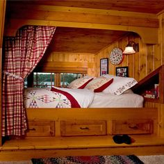 Nice idea with the curtain for a little privacy. ~Steen Inspiration for the bedroom of a cabin, cottage or lodge