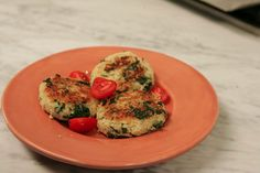 Quinoa Cakes with Spinach and Cheese- A Nutripy Original Recipe Quinoa Cake, Spinach And Cheese, Original Recipe, Yummy Food, Cakes, The Originals, Healthy, Recipes, Delicious Food