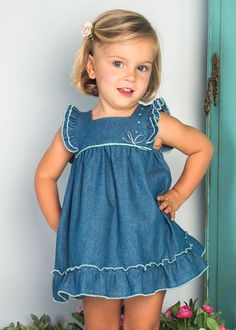 Newborn baby dress are good quality, comfortable and are generally all oh-so-cute! Baby Girl Dress Patterns, Baby Dress, Toddler Girl Dresses, Little Girl Dresses, Toddler Fashion, Kids Fashion, Fashion Dress Up Games, Kids Dress Wear, Designer Baby Clothes
