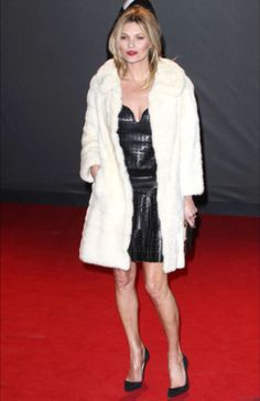 Kate Moss in Minnetonka moccasins and a Marc Jacobs clutch