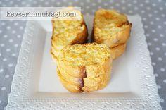 Fırında Yumurtalı Ekmek Tarifi Nasıl Yapılır? Kevserin Mutfağından Resimli Fırında Yumurtalı Ekmek tarifinin püf noktaları, ayrıntılı anlatımı, en kolay ve pratik yapılışı.