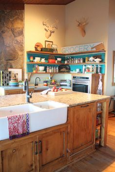Loving those cabinets with the apron sink. lighter countertop, though.I'm seriously considering honed marble Pioneer Woman Set, Pioneer Woman Dishes, Pioneer Woman Kitchen, Pioneer Women, Kitchen Redo, New Kitchen, Kitchen Remodel, Kitchen Design, Kitchen Stuff