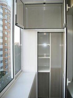 Скоро зима, и заниматься обустройством балкона, может, и не время, но мы ведь можем пока планировать, делать эскизы нашего будущего красивого и удобного балкона, чтобы он был не только теплым, но и функциональным. Вот и я, планируя утеплить балкон, ищу варианты оформления и обустройства балкона. Можно, конечно, поставить на балкон старые шкафы или кухонные полки от гарнитура.