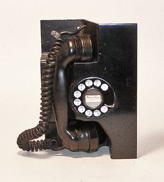 Saying Goodbye To An Old Friend - The Hardwired (AT&T/Bell System/Western Electric) Telephone - Print Magazine