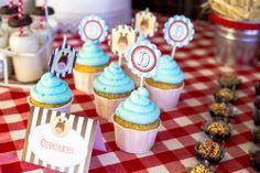 Socorro! Sou mãe...: Os 3 anos do (cow)boy: Party Printables Cowboy by Kids&Babies Design (marcadores de comida e toppers para cupcakes) - Foto: Crush