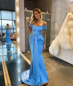Glam Dresses, Elegant Dresses, Pretty Dresses, Beautiful Dresses, Fashion Dresses, Formal Dresses, Plus Size Gowns, Prom Outfits, Pageant Gowns