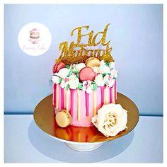 Layer cake réalise pour la fête de l'eid   Page Facebook nouraz cake Facebook nouraz sayoun Instagram @nourazcake