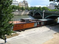 Canal Barge, Canal Boat, Luxury Houseboats, Luxury Yachts, Dutch Barge, Living On A Boat, Floating House, Narrowboat, Boat Design