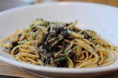 Light Pasta with Mushrooms and Garlic Recipe - 2 Point Total - LaaLoosh