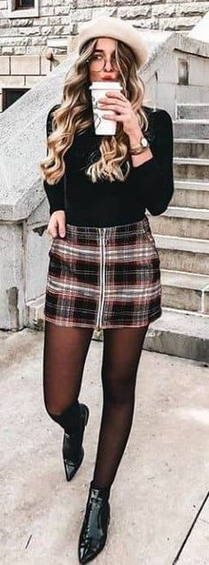Winter Outfits to Shop Now Vol. 1 / 44 Over 55 winter outfits for shopping 1 of 44 is Outfits Casual, Dress Outfits, Cute Outfits, Fashion Outfits, Dresses, Trendy Fashion, Fashion Models, Fashion Looks, Womens Fashion