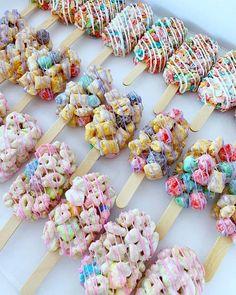 Sweet Daze Dessert Bar Dessert Bars, Dessert Recipes, Dessert Ideas, Dessert Restaurants, Bff, Weed Recipes, Bakery Menu, Sweet Bakery, Cake & Co