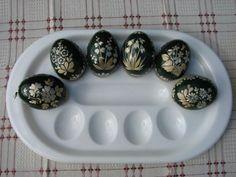 Néčo na ukážku...., Veľkonočné dekorácie 3 Eggs, Breakfast, Food, Morning Coffee, Essen, Egg, Meals, Yemek, Egg As Food