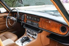 The One To Have: 1971 Jaguar XJ6
