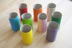 Recicla tubos de cartón y preparar un móvil con casitas de pájaros...