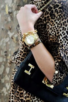 Leopard, black and gold. Gorgeous. Details In Streetstyle
