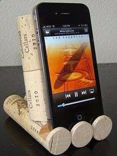 Wine Corks - Found a new idea for #recycled #wine #corks...Phone holder!