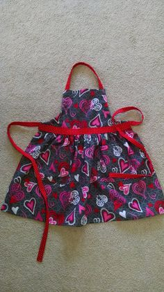 Girls Valentine Heart Apron Gathered with by MaryMagicalMemories