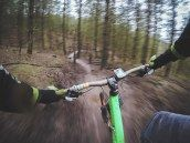 POV shot of the cyclist's hands on the handlebars on a forest trail in Cannock. Mountain Bike Races, Mountain Bike Tour, Dirt Bike Helmets, Handy Smartphone, Running Pictures, Ride Out, Maine Cottage, Forest Trail, Urban Bike
