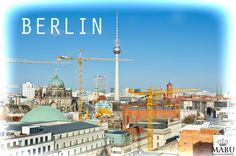 Blick vom Französischen Dom am Alexanderplatz zum Berliner Fernsehturm. (Photo: Copyright @ MaBu Photography)
