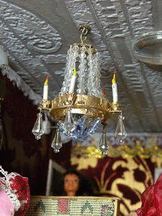 PIENI TALO, SUURI MAAILMA: Valon varmistus taloon