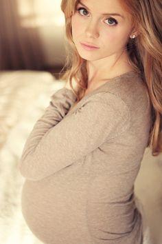 HANNAH'S MATERNITY PHOTOS » Kelly Hickslove this whole shoot.