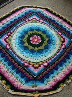 Ravelry: Dianaj8's *SOPHIE'S POND*   //  ♡ I LOVE SOPHIE'S PIECES! THEY'RE CHOCKED FULL OF IMAGINATION! AND THESE COLORS ARE GORGEOUS!!!  ♥A