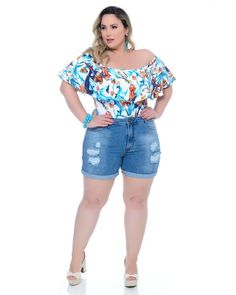 Shorts Jeans Plus Size, Jean Shorts, Curvy Women Fashion, Womens Fashion, Plus Size Beauty, Plus Size Casual, Girls Boutique, Big And Beautiful, Ideias Fashion