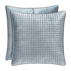 House of Hampton This individually sold Quilted Sham perfectly match the glamorous coverlet with the custom geometric square quilt pattern. velvet piping finishes the sham. The shams also include a hidden zipper.