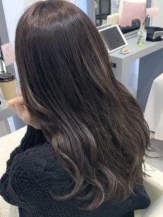 【春オススメstyle♪】ラベンダーグレージュ☆担当秋葉 Long Hair Styles, Beauty, Long Hairstyle, Long Haircuts, Long Hair Cuts, Beauty Illustration, Long Hairstyles, Long Hair Dos