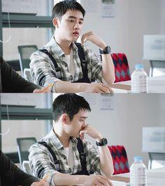 kyungsoo - be postive drama Baekhyun Chanyeol, Exo For Life, 5 Years With Exo, Luhan And Kris, Cute Bunny Pictures, Kai, Exo Album, Chansoo, Exo Korean
