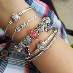 #pandora #myarmparty #myarmcandy #myPANDORAgift #pandorajewelry #pandorainlove #pandoramagazine #pandoramonamour #myunforgettablemoment #my_pandora_story #pandora_moments #@theofficialpandora #pandorabracelets #pandora_magic #pandorainlove #tiffanyandpandoralovers #