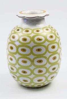 Vas - Fajans - Stig Lindberg - Gustavsberg på Tradera.com - Stig Stig Lindberg, Nordic Design, Vintage Pottery, Ceramic Vase, Retro Design, Color Inspiration, Clay, Sculpture, Banksy