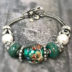 Deep Ocean Trollbead paired with Perfect Moments bead and pearls