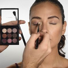 Choose an eyeshadow color that's close to your skin tone and apply it to your lid. | Here's How To Do Your Makeup So It Looks Incredible In Pictures