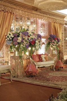 Pernikahan Dengan Kombinasi Adat Jawa dan Aceh ala Ayunda dan Indra - r_0398 Simple Wedding Decorations, Simple Weddings, Reception Decorations, Event Decor, Table Decorations, Boho Wedding, Wedding Bride, Dream Wedding, Party Layout
