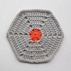 Opskrift på hæklet sekskant / Pattern for crochet hexagon