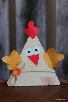 Hen, with our falls Farm Crafts, Vbs Crafts, Crafts To Sell, Diy And Crafts, Paper Crafts, Easter Art, Easter Crafts For Kids, Diy For Kids, Thanksgiving Preschool