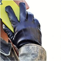 IGT CLASS Men's Touch Screen Winter Texting Leather Gloves Black Leather Gloves, Lambskin Leather, Leather Men, Texting Gloves, Driving Gloves, Fashion Brands, High Fashion, Cold Weather Gloves, Motorcycle Gloves