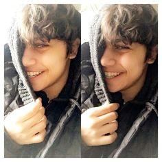 Smile it's free ☺️ Beautiful Smile, Beautiful Boys, Harris J, Lose My Breath, Meaning Of Life, Cute Boys, Bae, Instagram Posts, Hijab Fashion