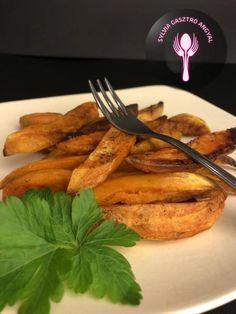 Édesburgonya tepsiben sütve – Sylvia Gasztro Angyal Paleo, Meat, Chicken, Tableware, Kitchen, Recipes, Food, Dinnerware, Cooking