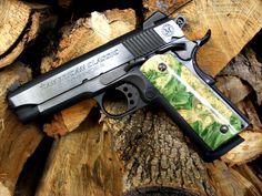 Browns custom grips on American Classic Comander