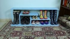 There's always space for more in your closet, if you're clever about it! Check out these 30 hacks! #diy #declutter #closetroom Shoe Hanger, Diy Shoe Rack, Room Closet, Closet Space, Entry Closet, Garage Entry, Front Entry, Closet Storage, Closet Organization