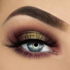 Combina rosa con dorado para iluminar tu mirada. #MakeUpGeek #Sombras #Ojos