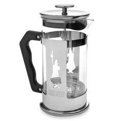Featuring an stainless steel frame with a cutout of L'Omino (the little man), Bialetti's original symbol of quality, the Preziosa French Press comes with a 34 oz. glass beaker to allow you to traditionally prepare up to 8 cups of full bodied coffee. French Coffee, Coffee Love, Coffee Machine, Coffee Maker, Coffee Filters, Buy Kitchen, Tea Infuser, French Press, Fine China